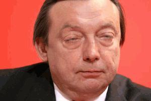 Pijani minister zabaval parlament